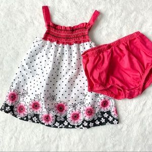 Baby girl flower shirt with bloomer